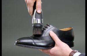 EQUERRY – The New & Innovative Shoe Shining Device Is Set To Raise £30,000 On Kickstarter
